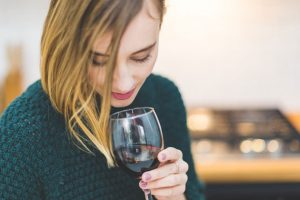 featured image 7 Important Things You Should Know About Wine When to drink 300x200 - featured-image---7-Important-Things-You-Should-Know-About-Wine---When-to-drink